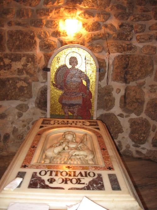 Гробница и мощи святого великомученика в Лидде