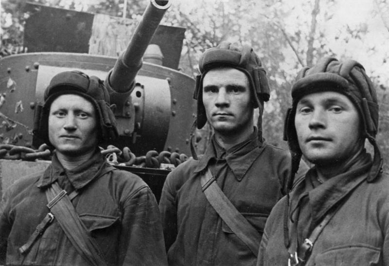 Комсомольский экипаж советского танка БТ-5