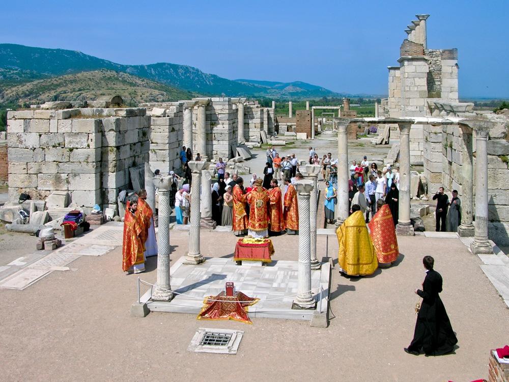Место погребения апостола Иоанна Богослова в Турции