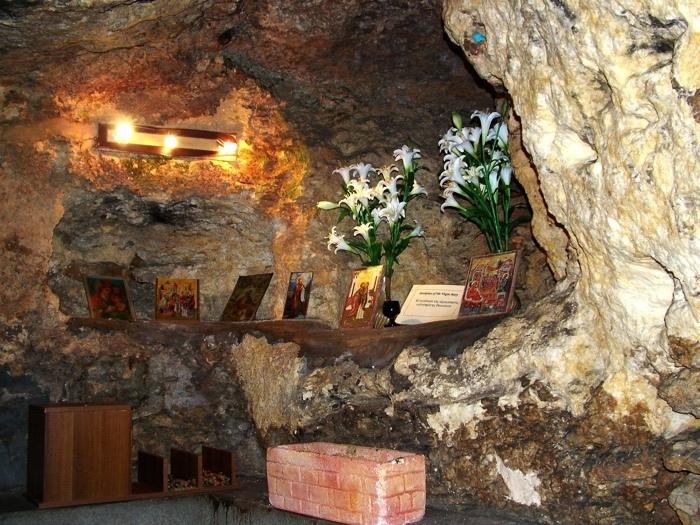 Пещера, бывшая частью дома Иоакима и Анны