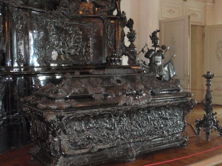Саркофаг Александра Невского в Эрмитаже