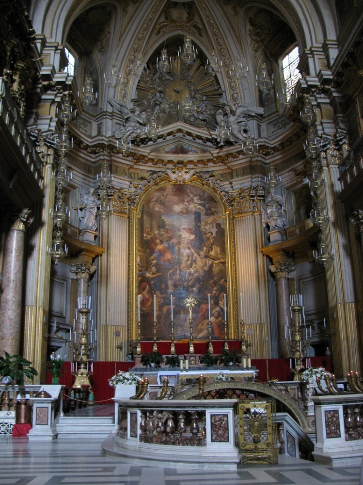Храм 12 апостолов в Риме