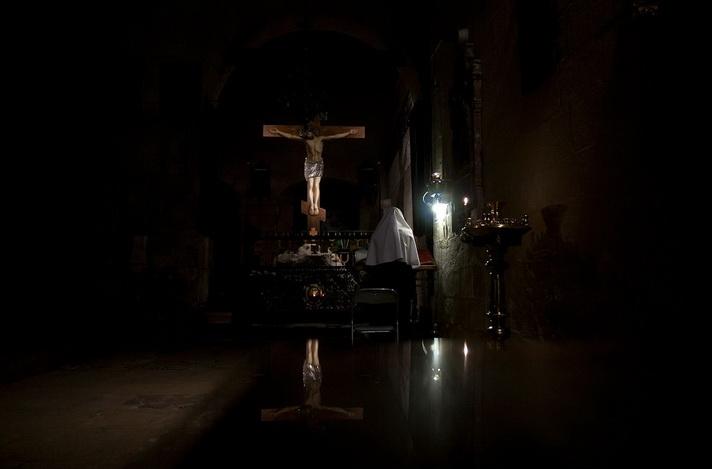 Неусыпаемая псалтирь особый род молитвенной помощи близким.
