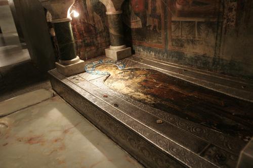 Гробница святой равноапостольной Нины в Бодби