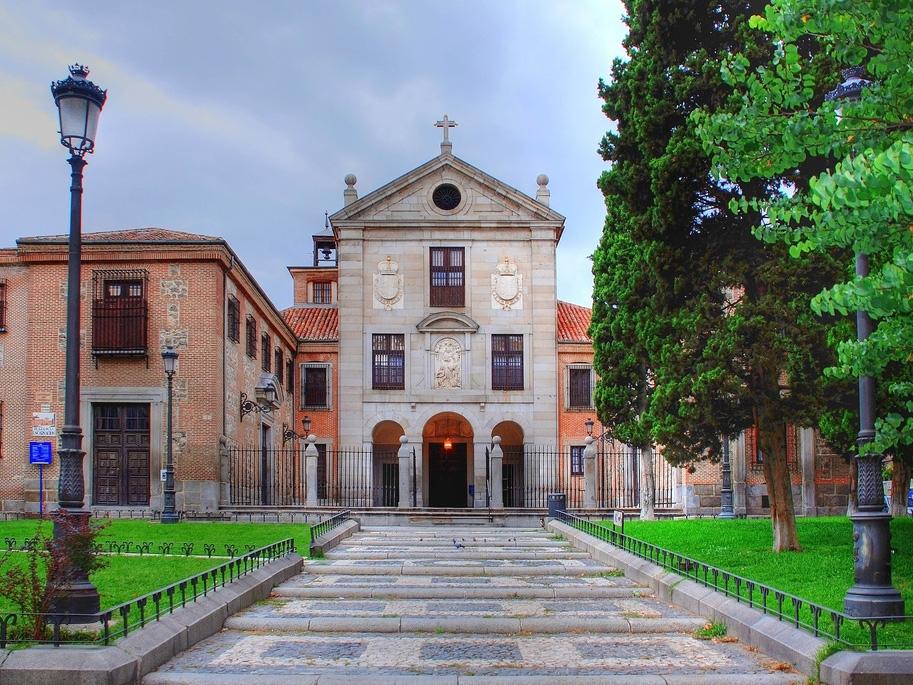 Монастырь Энкарнасьон в Мадриде