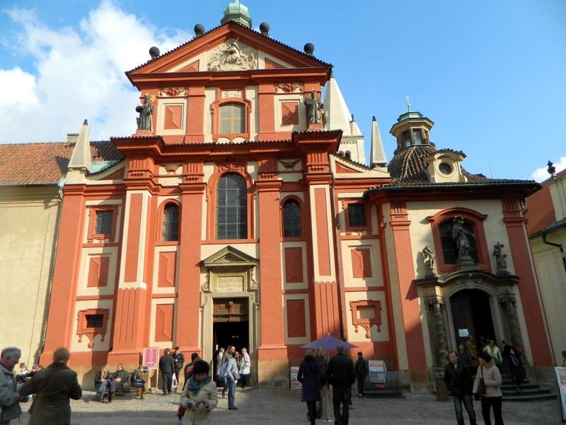 Храм св. Георгия в Праге, где покоятся честные мощи св. Людмилы